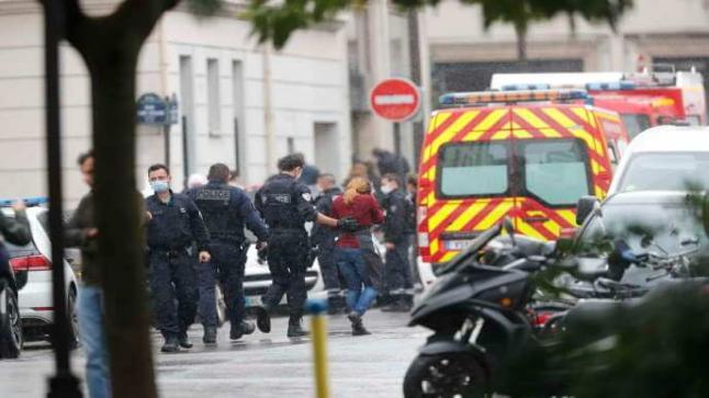 شاب يقتل معلما فرنسيا بعد عرضه صورا مسيئة للرسول الأكرم