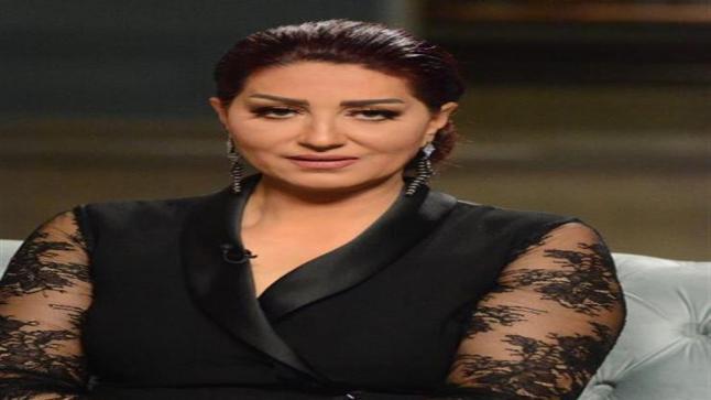 وفاء عامر تنعي والدة الشهيدأحمد المنسي: ربت وأنجبت رجلاً